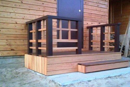 Крыльцо деревянного дома своими руками фото 469