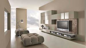 светло-коричневая комната